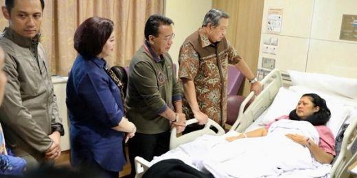 Dari Singapura, Pak Beye Kabarkan Ibu Ani Yudhoyono Sakit Kanker Darah