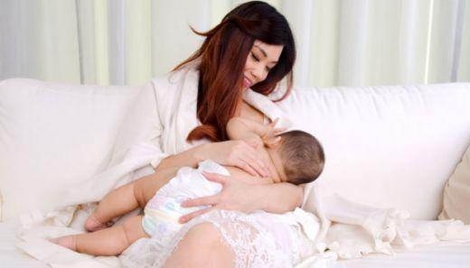 Helloo... Ibu-ibu, Ternyata ASI Eksklusif Bisa Turunkan Potensi Pneumonia pada Anak Lho