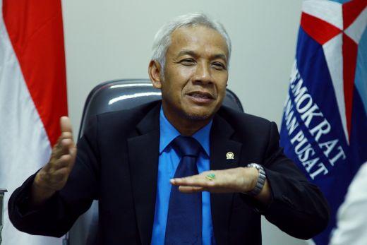Banyak Anggota DPR Disebut dalam kasus E-KTP, Agus Hermanto Minta Utamakan Asas Praduga