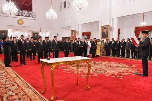 Presiden Jokowi Resmi Melantik 17 Duta Besar, Berikut Nama-namanya