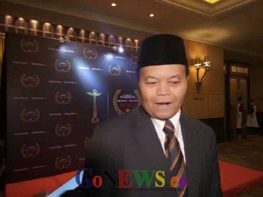 Sekjen PSI Sebut Tak Pilih Jokowi Warga Riau Kufur Nikmat, HNW: InsyaAllah Warga Riau Percaya UAS Ketimbang Dia