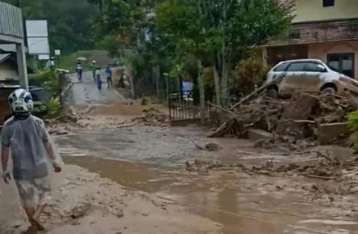 Banjir Bandang Landa Aceh Tengah, 11 Rumah Terendam Material Longsor