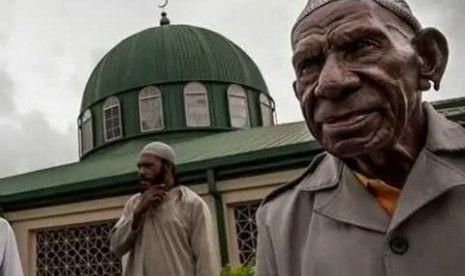 Ada Kampung di Papua Nugini Semua Penduduknya Masuk Islam Bersamaan
