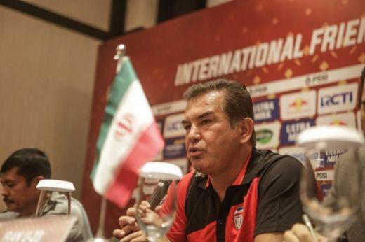 Pelatih Timnas Iran Bilang Uji Coba Dengan Timnas Indonesia Membantu