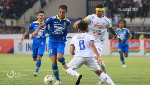 Pelatih Arema FC Mengaku Sulit Cari Pengganti Hamka Hamzah