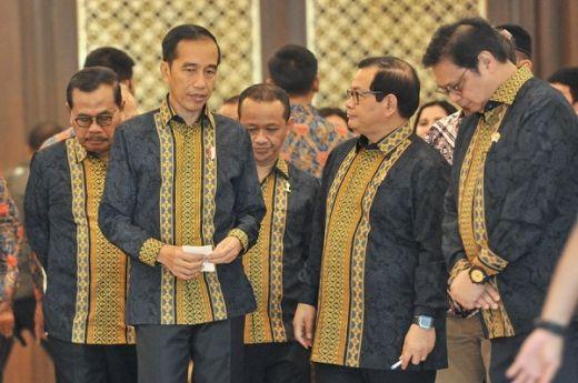 Jumat Siang, Jokowi Lantik Sembilan Wantimpres