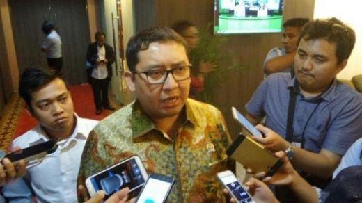 Fadli Zon Mengaku Kasihan dengan Alumni UI yang Deklarasikan Dukung Jokowi-Maruf Amin