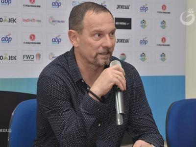Dejan Antonic Optimis Bawa Madura United FC Lebih Baik