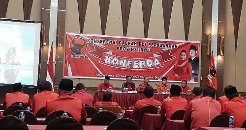 Tok...Tok...Tok..., Zukri Misran Sah Pimpin PDIP Riau Gantikan Kaderismanto