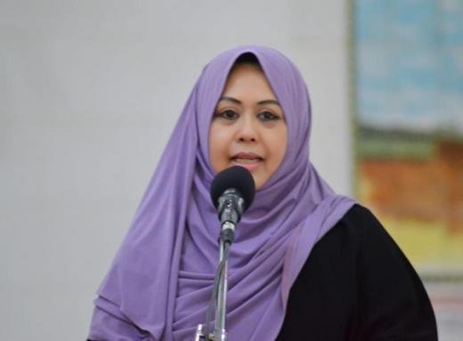 Wanita Perobek Alquran Disebut Sakit Jiwa, Erna Rasyid: Orang Gila Kok Bisa Menyesal?