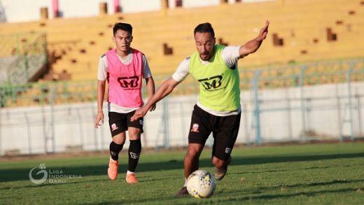 Gabung Madura United, Diego Assis: Saya Pilih Nomor 8
