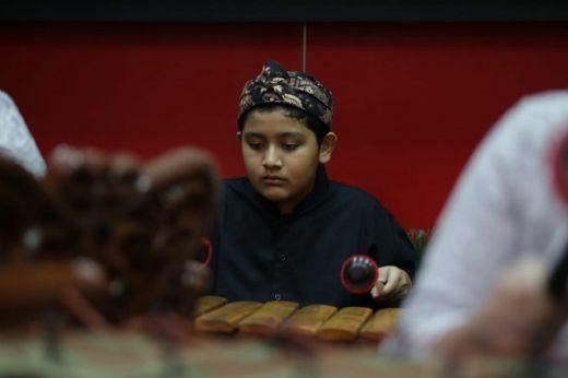 Gamelan Internasional Sekolah Bogor Raya Tampil Pada Launching Mal Boxies 123