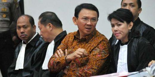 Berbagai Dalih di Persidangan Agar Ahok Bebas dari Kasus Penistaan Agama