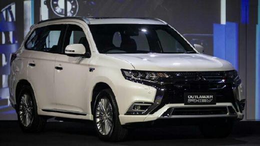 Selama IIMS 2021 Berlangsung, Mitsubishi Outlander PHEV Diskon Rp400 Juta, Mau?