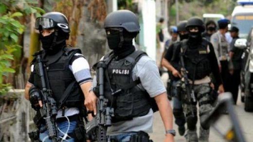 Akibat Baku Tembak Densus dan Teroris, Surabaya Kembali Mencekam, 1 Orang Tewas Mengenaskan