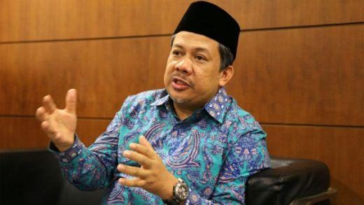 Fahri Hamzah Geleng-geleng Saat KPU Minta Perbaikan Jawaban Gugatan Pilpres Diundur