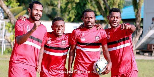 Hadapi Persipura, Empat Pemain Asal Papua Kedeoankan Profesionalisme