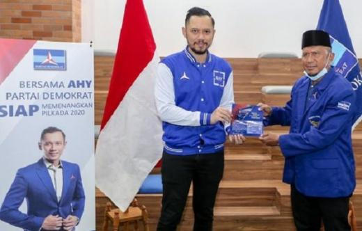 Mantan Pelatih Timnas Rahmad Darmawan Gabung Partai Demokrat