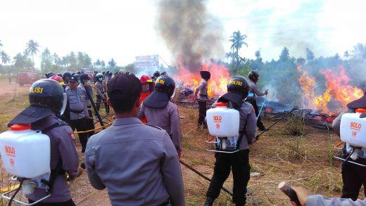 Padamkan Api Karhutla, Mabes Polri Terjunkan Tim ke 6 Provinsi Termasuk di Riau