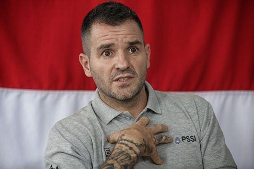 Coret Rizky Pora, Simon Utamakan Pemain Role Model