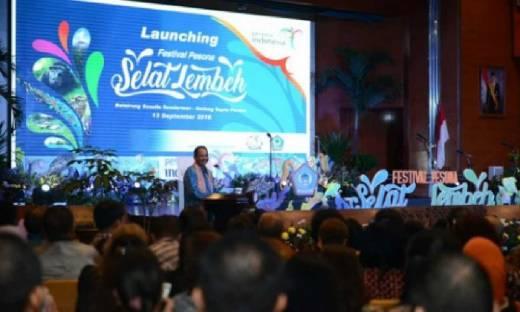 Balairung Kemenpar Sesak, Menpar Launching Festival Selat Lembeh