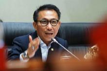Kasus Bansos Tak Dicolek Sedikitpun oleh KPK, ProDem: Sakti Sekali Herman Herry