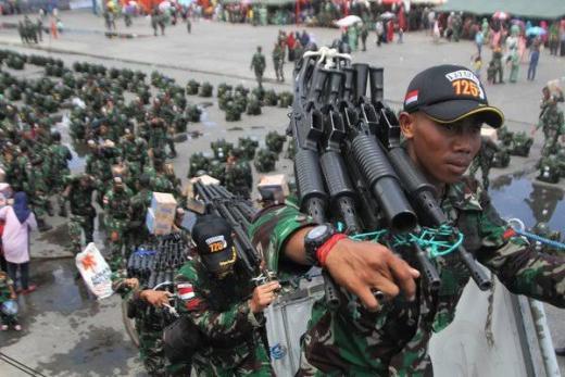 TNI Buru Prajurit yang Membelot Gabung KKB Papua