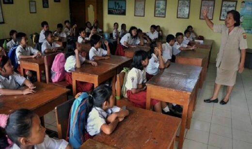 6.296 Orang Lulus Seleksi Guru Garis Depan, Sebagian Berusia di Atas 35 Tahun
