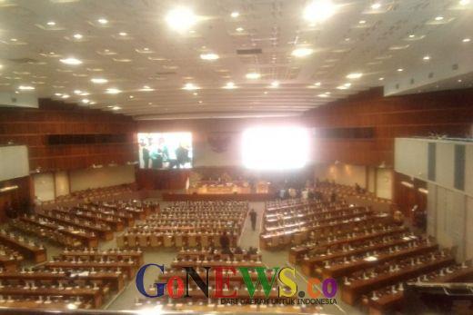 Paripurna DPR RI ke-22 hanya Dihadiri oleh 85 Anggota