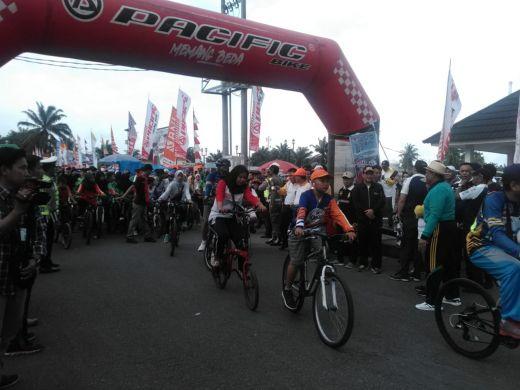 Sepeda Nusantara Motivasi Bengkulu Gelorakan Olahraga