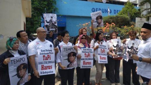 Tak Terima Jokowi Digambar seperti Pinokio di Majalah Tempo, Joman Geruduk Dewan Pers