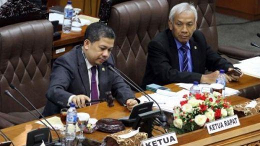 Dihadiri 299 Anggota, DPR Resmi Sahkan Pimpinan KPK 2019-2023