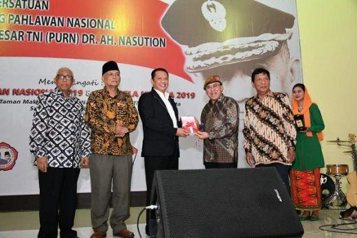 Figur Jenderal Besar TNI (Purn) A Nasution  Merefleksikan Karakter Asli Bangsa Indonesia