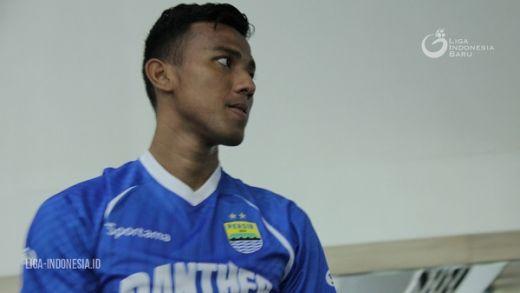 Teja Paku Alam Kiper Persib Bandung