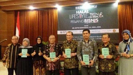 Bedah Bisnis dan Gaya Hidup Halal, Sapta Nirwandar Rilis Buku Halal Lifestyle