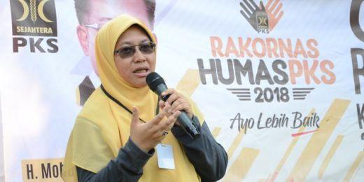 Jokowi Mau Pindahkan Ibu Kota, PKS: Kok Mendikbud Bangun Gedung Ratusan Miliar di Jakarta?