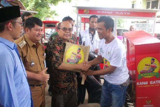 BAZNAS Resmikan Kelompok Usaha Kuliner Sate di Bekasi