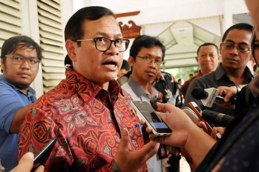 Pramono Anung Larang Jokowi ke Kediri Agar Tak Senasib dengan Gus Dur