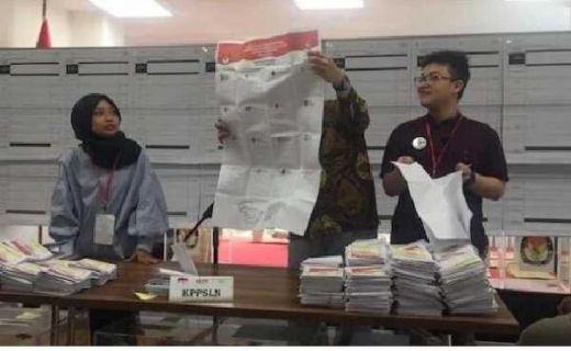 Prabowo-Sandi Unggul Telak Di Istanbul