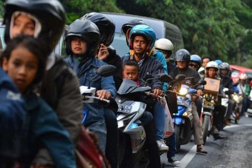 Polisi Perpanjang Operasi Penyekatan Arus Balik ke Jakarta hingga 24 Mei 2021