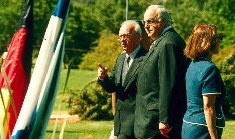 Mantan Kanselir Jerman Helmut Kohl Tutup Usia