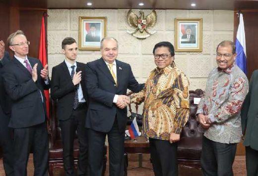 Oesman Sapta Ajak Rusia Berinvestasi di Pertambangan Indonesia