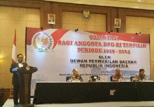 Orientasi Anggota DPD, OSO Tegaskan Senator harus Berpihak ke Daerah