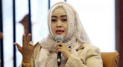 Janji Jokowi Menata Kampung dan Becak Mulai Ditunaikan Anies-Sandi