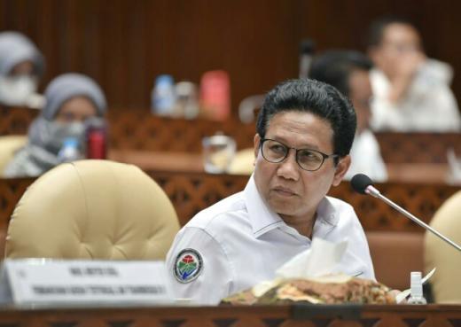 Gus Menteri Beberkan Program Prioritas Pembangunan Desa ke DPR