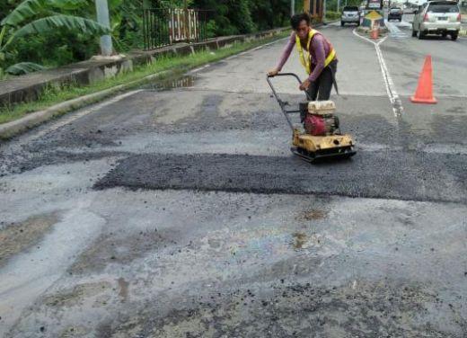 Yang Mau ke Pulau Jawa, Hati-hati, Banyak Perbaikan di Jalan Tol Jakarta Cikampek
