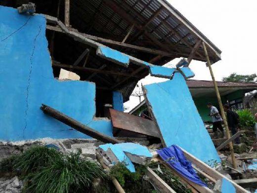 Gempa 4,4 SR Guncang Pekalongan, Ratusan Bangunan Rusak di Banjarnegara