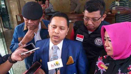 Koalisi Aktivis KAMAKH Laporkan 6 Lembaga Survei ke Polisi