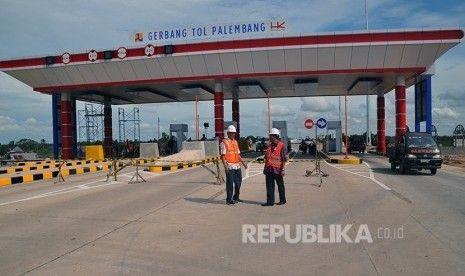 2 Hari Jelang Dioperasikan, Jalan Akses Tol Sumatera Amblas 30 Meter