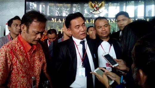 Yusril Minta MK Tolak Permohonan Tim Hukum Prabowo-Sandi